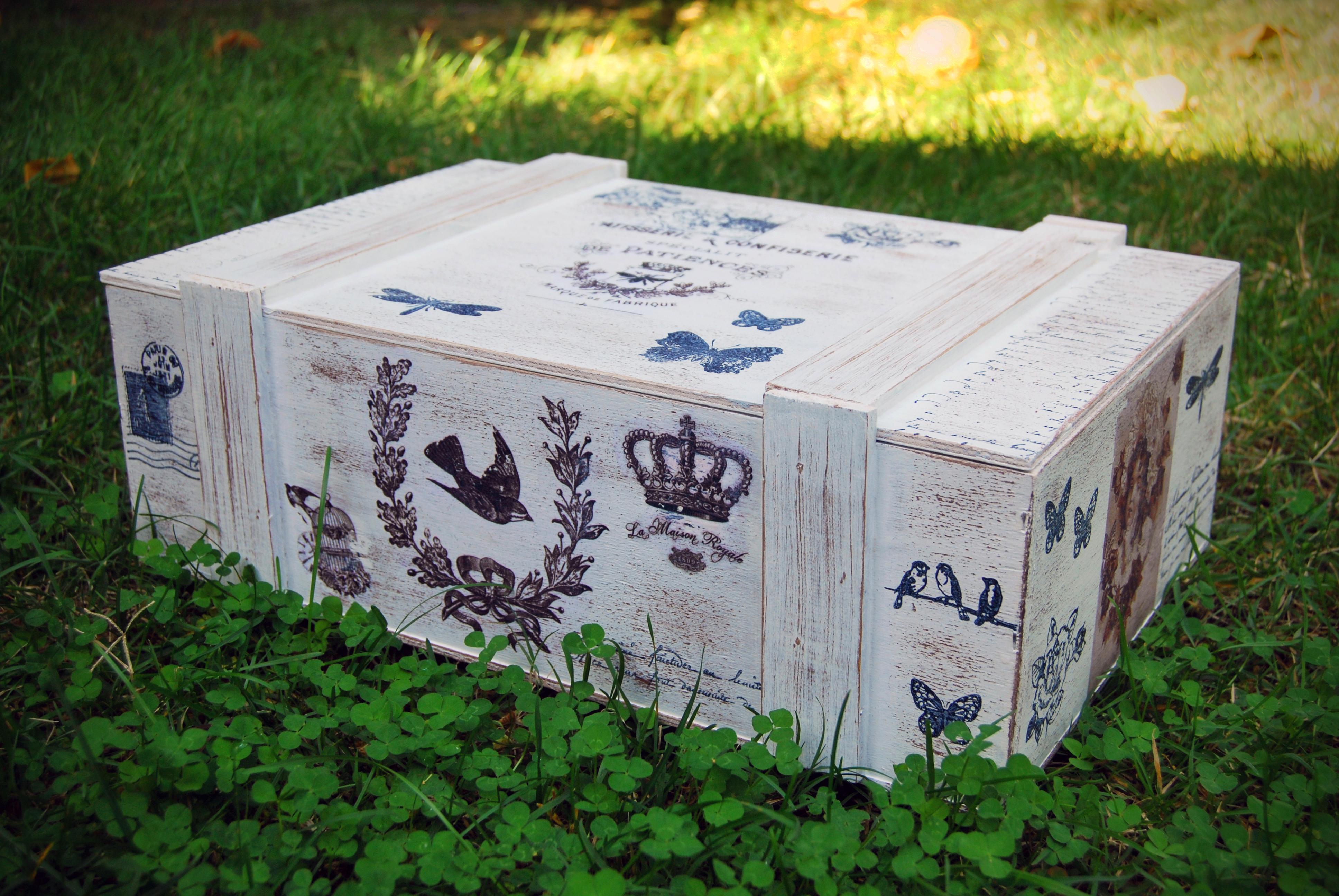 Caja de vinos vintage quecacoqueta - Cajas de vino para decorar ...