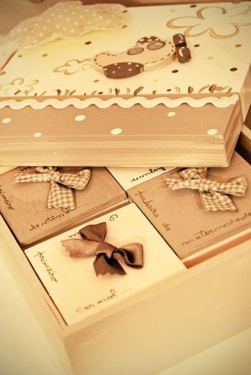Caja con minicajas para sus primeros recuerdos.
