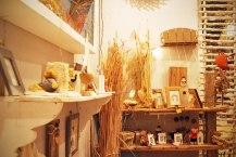Marcos y otros objetos decorativos.