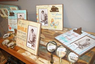 Marcos de madera estilo vintage.