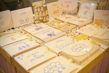 Álbumes y libros de recuerdos para bebés.